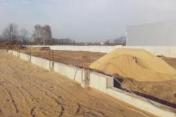 fundamenty hali-hala magazynowa z częścią socjalno-biurow dla AMP Polska, Częstochowa, woj. ślaskie
