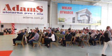 Feestelijke opening van nieuwe hal van het bedrijf AdamS