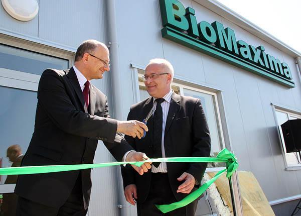 Feestelijke opening van de opslaghal van de firma BIOMAXIMA S.A.